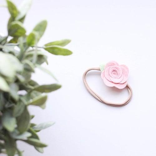 Image of Single Merino Flower