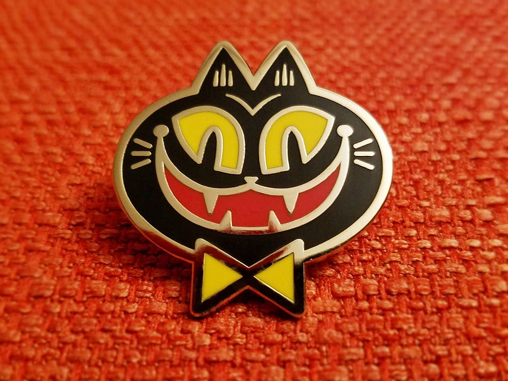 Image of Creepy Cat Lapel Pin
