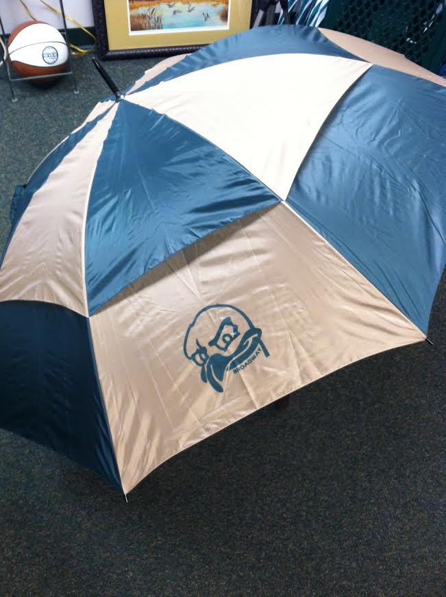 "Image of 68"" Arc Windproof Vented Broadway Umbrella"