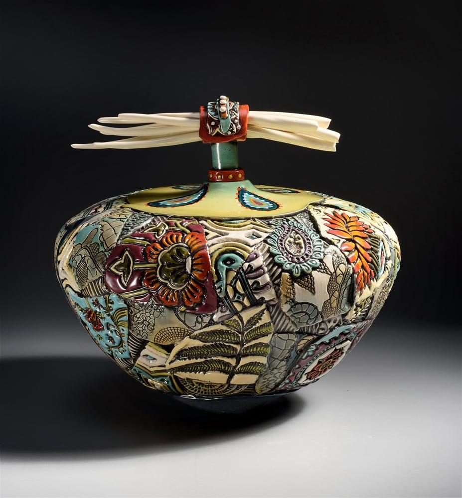 Image of Extra Large Ceramic Urn with Porcelain Bones