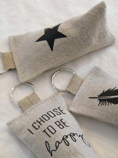 Image of Porte clés berlingot en lin, motif étoile