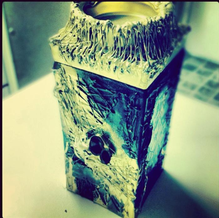 Image of HARRY HIPPIE BOX