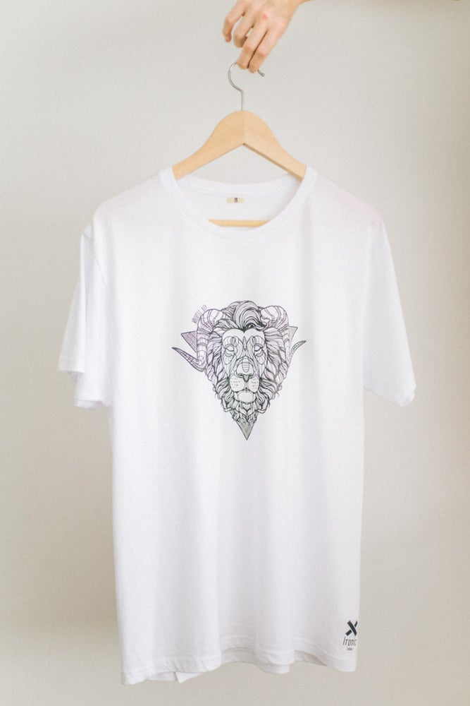 Image of T-Shirt Lion