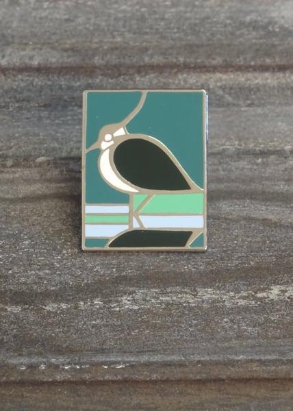 Image of Bird pin badge
