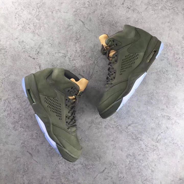 8acfbefbdebfb8 Image of Air Jordan 5