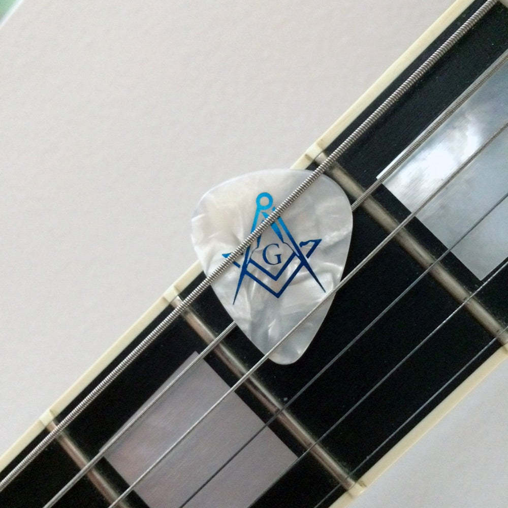 Image of Audi Vide Tace Guitar picks