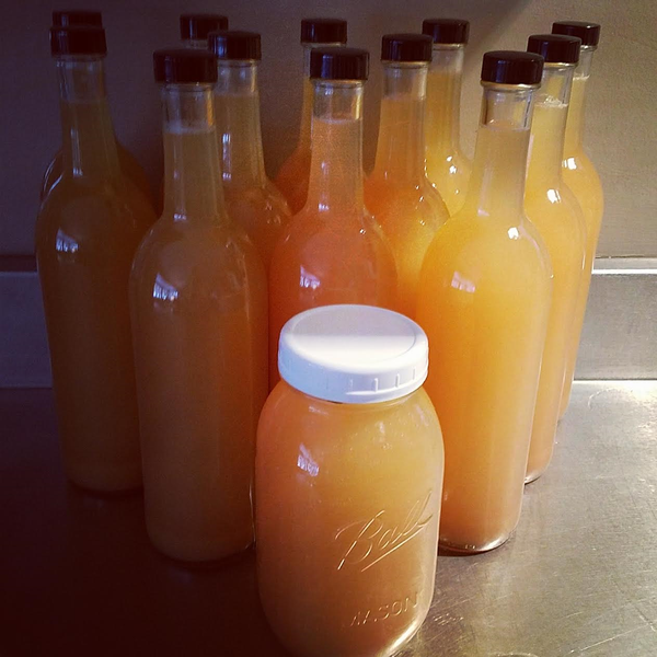 Image of 25 oz. Raw, Organic small batch Apple Cider Vinegar