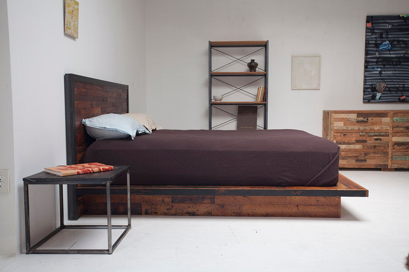Image of IMAHARA PLATFORM BED
