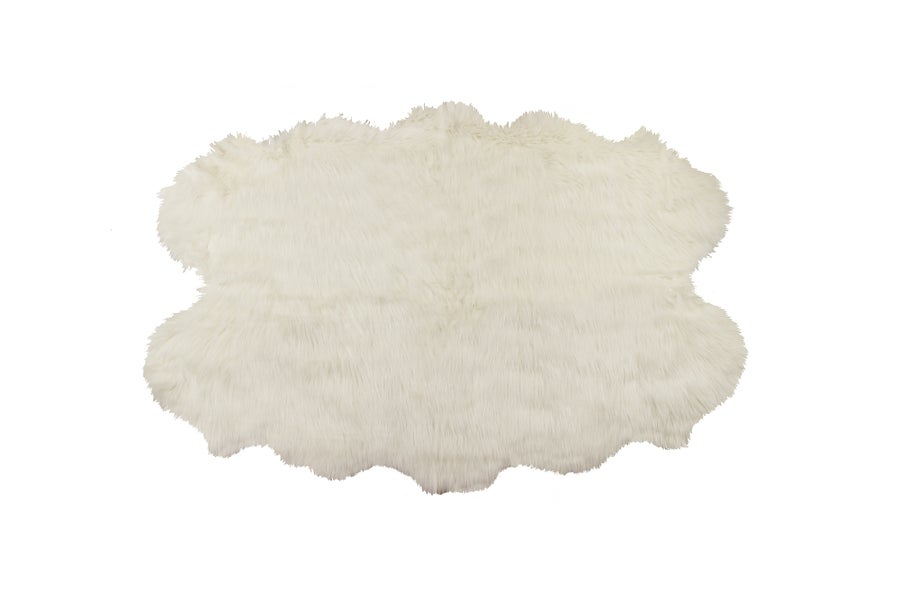 Image of 676685040985 ROYALE GORDON FAUX SHEEPSKIN FUR RUG QUATTRO 4' X 6'  OFF WHITE