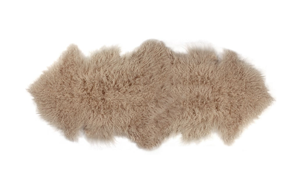 Image of 676685041791 Rockwall Mongolian Sheepskin 2X6 Tan