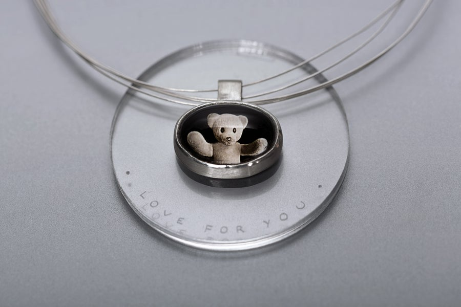 """Image of """"Love for you"""" teddy-bear silver pendant with photo, rock crystal  · CURA TUA ·"""
