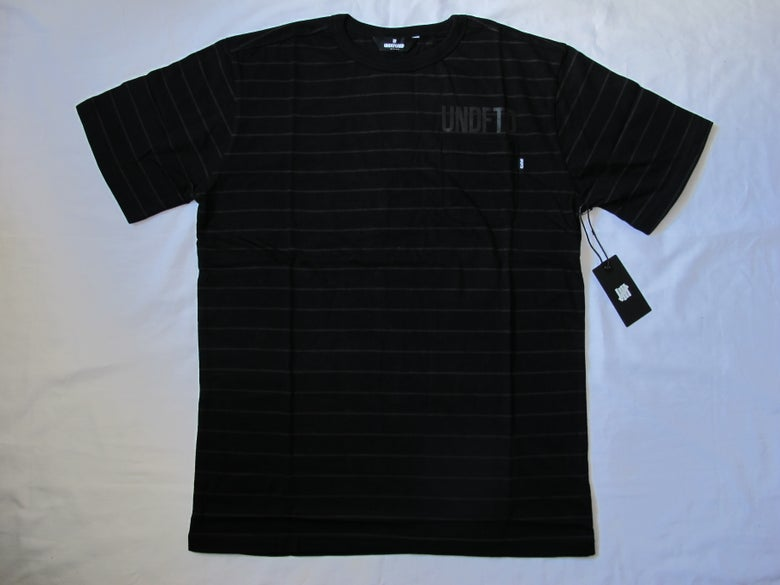 Image of Undefeated - Stripe Pocket (Black)