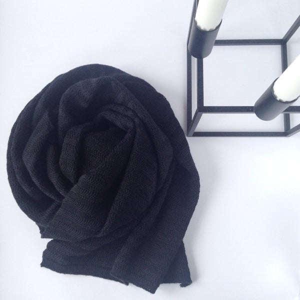 Image of Fishbone Pattern Scarf // Black