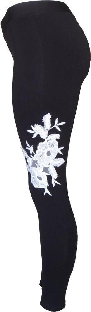 Image of White Roses FW6016