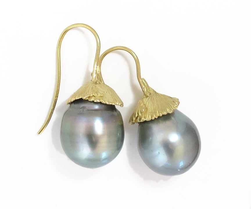 Image of Ginkgo Tahitian Pearl Earrings 18k