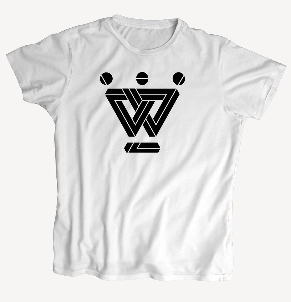 """Image of T-Shirt """"W - geometric"""" - handprinted with love"""