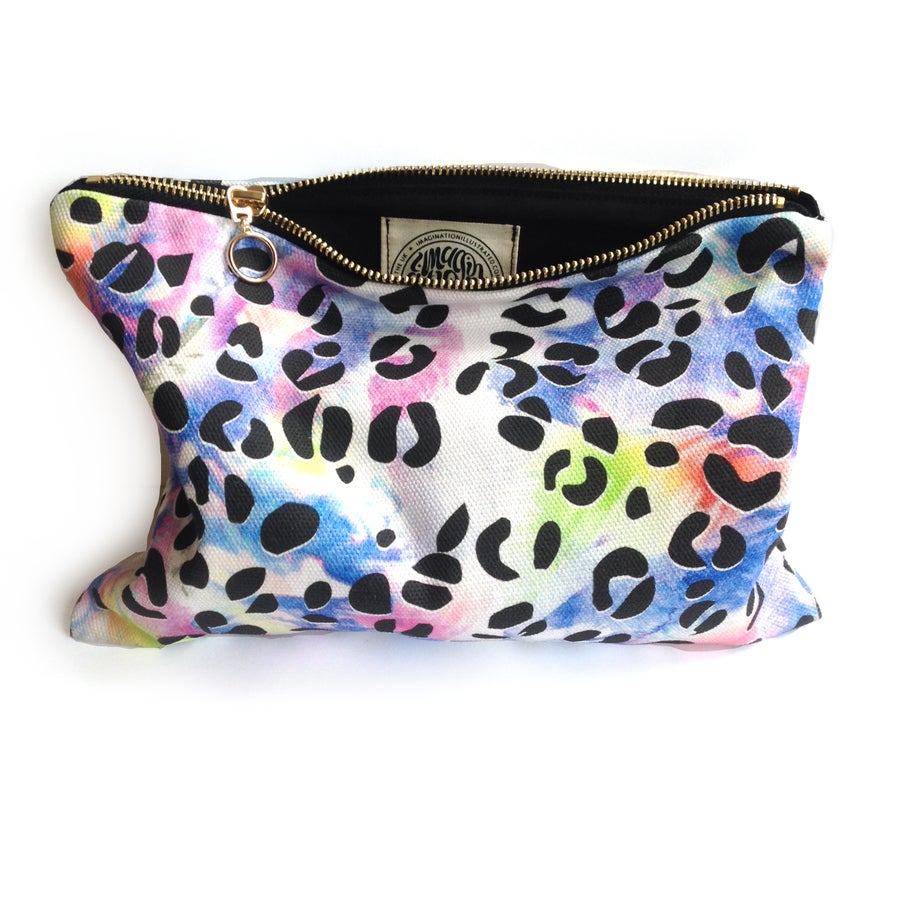 Image of Leopard Print Zip up Bags