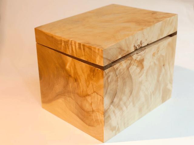 Image of poplar cube