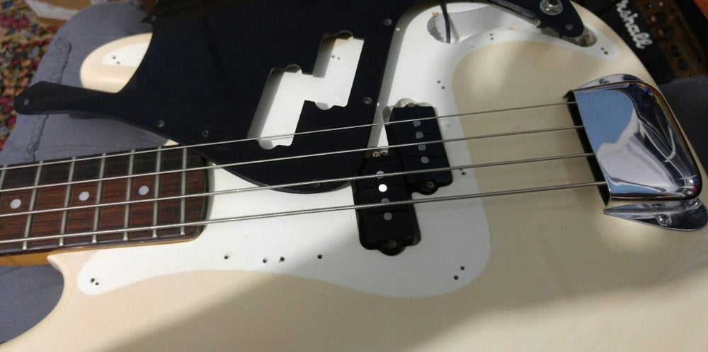 Image of P bass