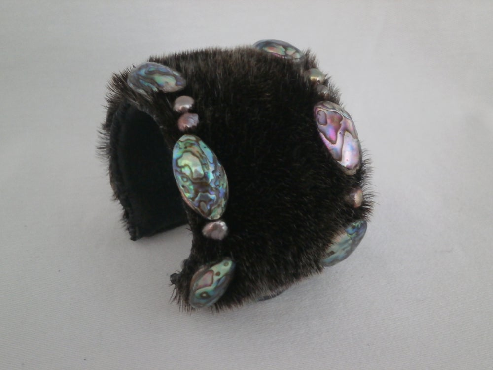 Image of Black Pearl, Abalone and Sealskin