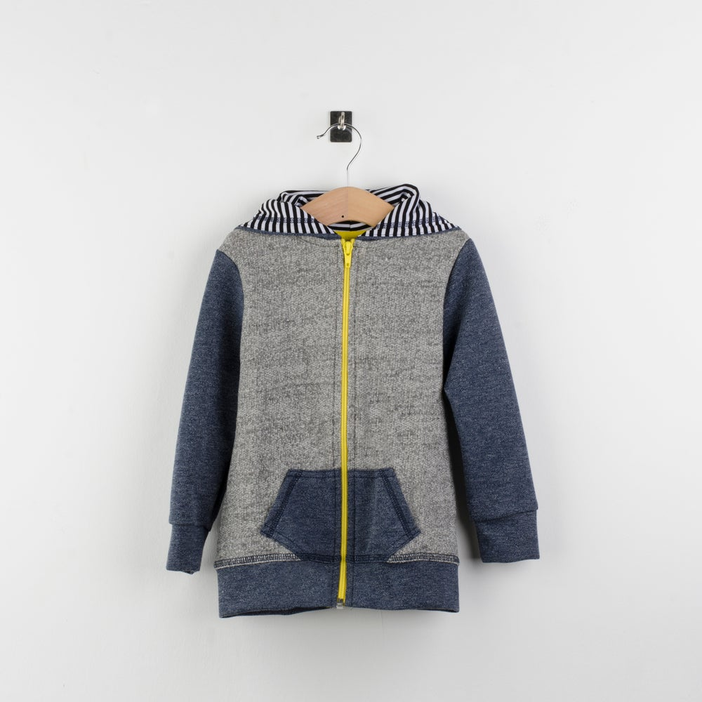 Image of Sudadera felpa gris+detalles tejano elastico/ grey fleece jacket+elastic denim