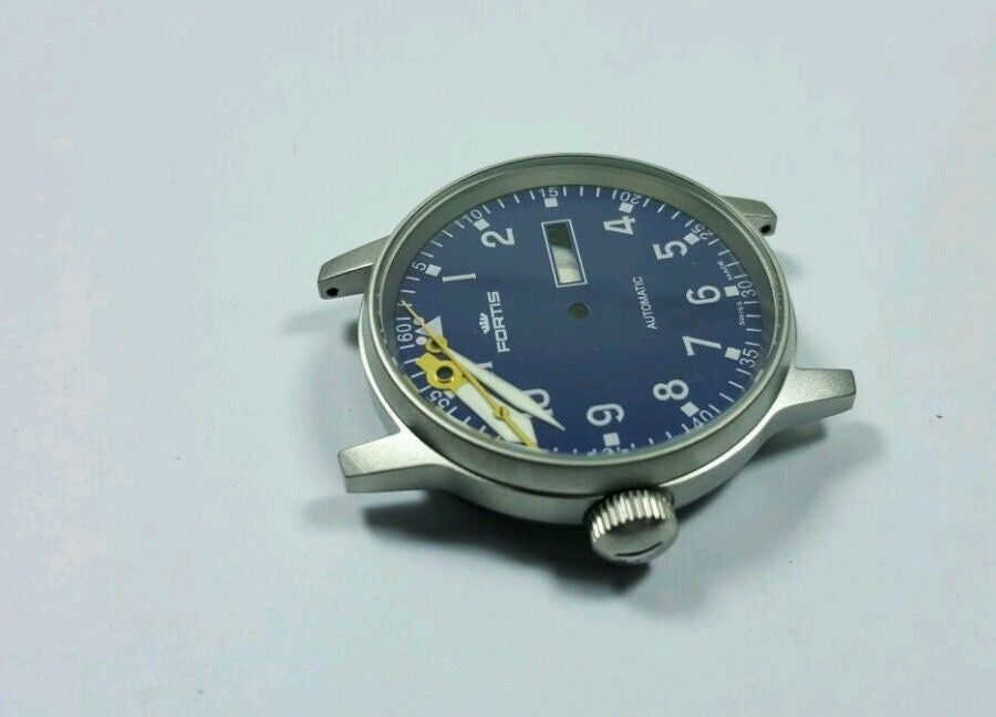Image of FORTIS FLIEGER GENTS WATCH, COMPLETE CASE,NEW(BLUE DIAL) DAY DATE FUNCTION