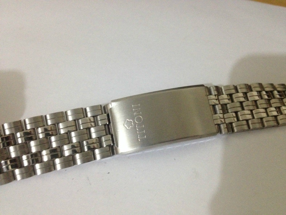 Image of NEW OLD STOCK,TITONI 18MM STAINLESS STEEL GENTS WATCH STRAP.( REF# TS-2 )