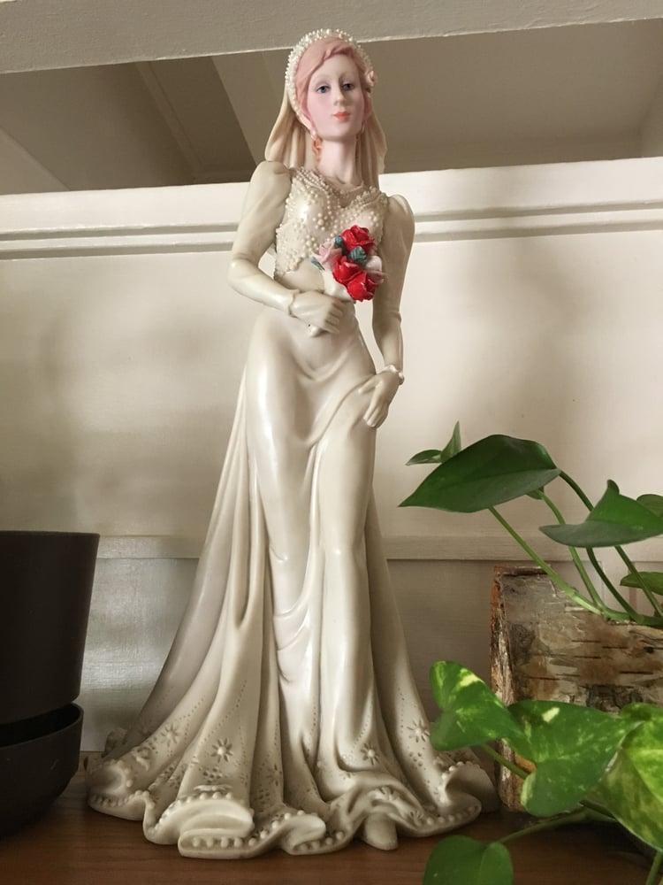 "Image of The Beautiful Bride 24"" Statuette"