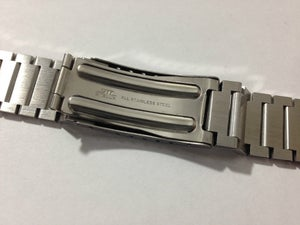 Image of NEW OLD STOCK,MIDO GENTS WATCH STAINLESS STEEL STRAP.