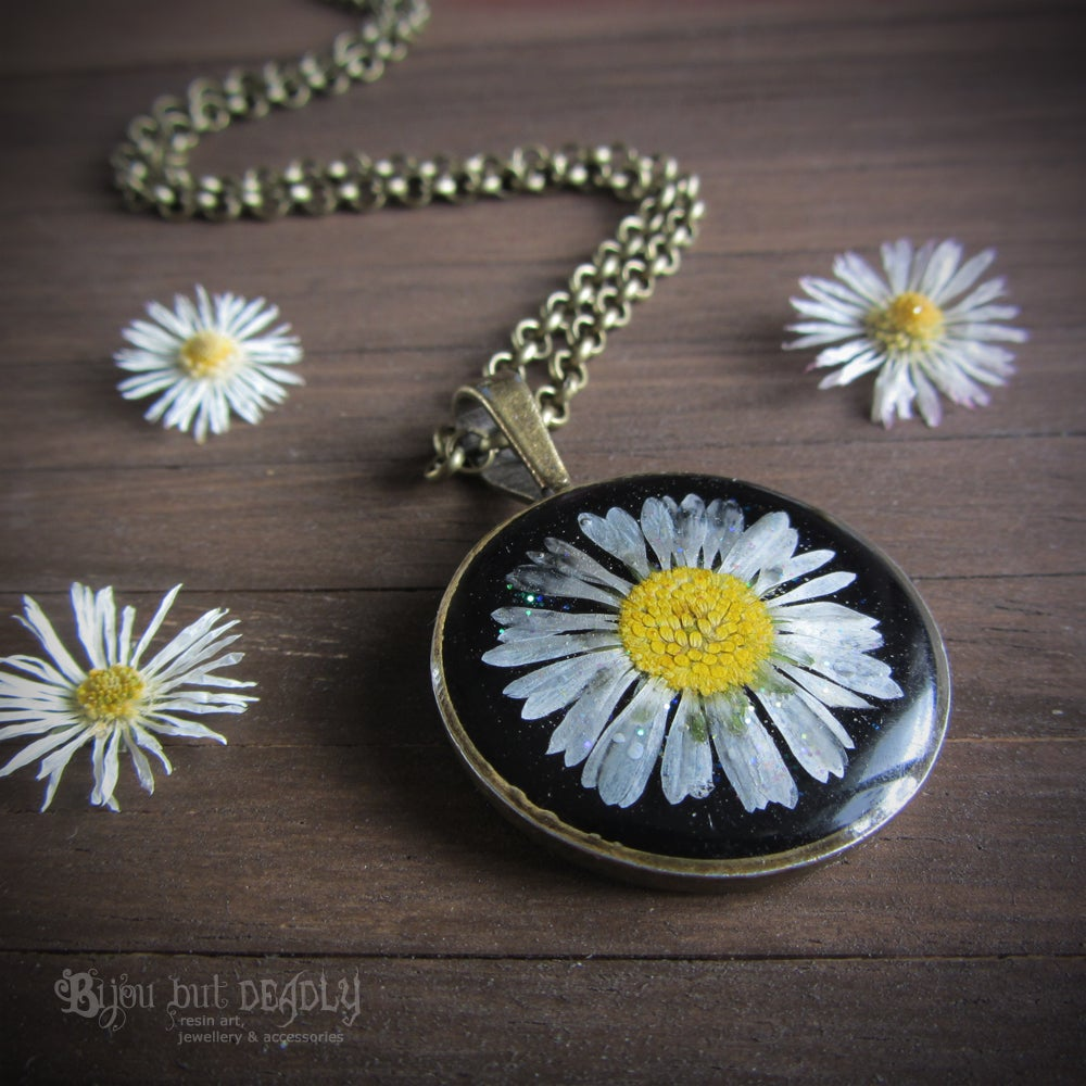 Pressed Real Daisy Pendant