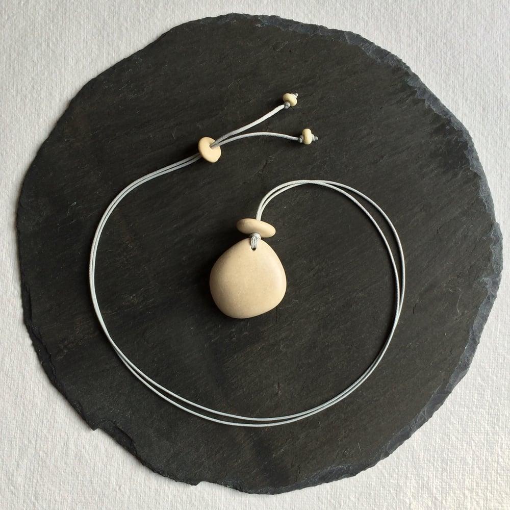 Image of Smooth pebble pendant