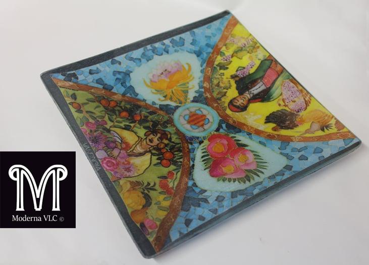 Image of Silk glass plate/Pongotodo seda y vidrio