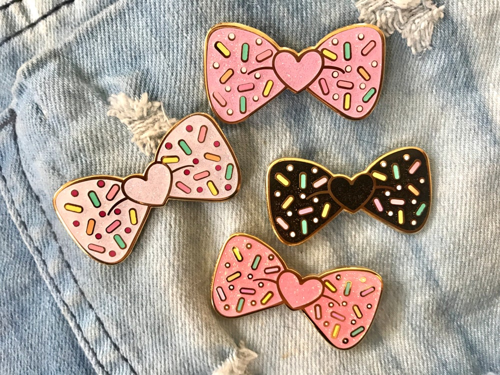 Image of Bow Sprinkles Glitter Enamel Pin