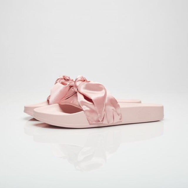 big sale 38159 3664e Puma Bow Slide Women Pink
