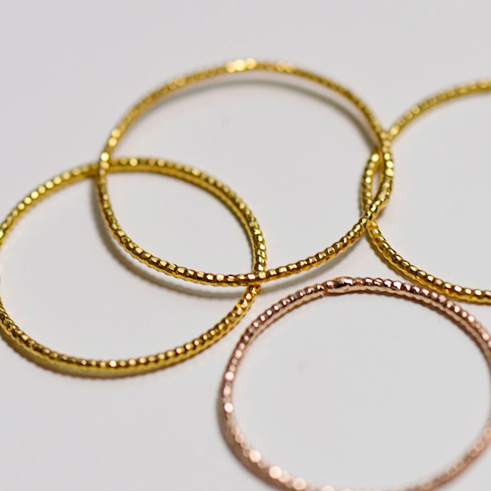 "Image of Set de 4 bagues ""Shiny"" Summer // 4 shiny rings"