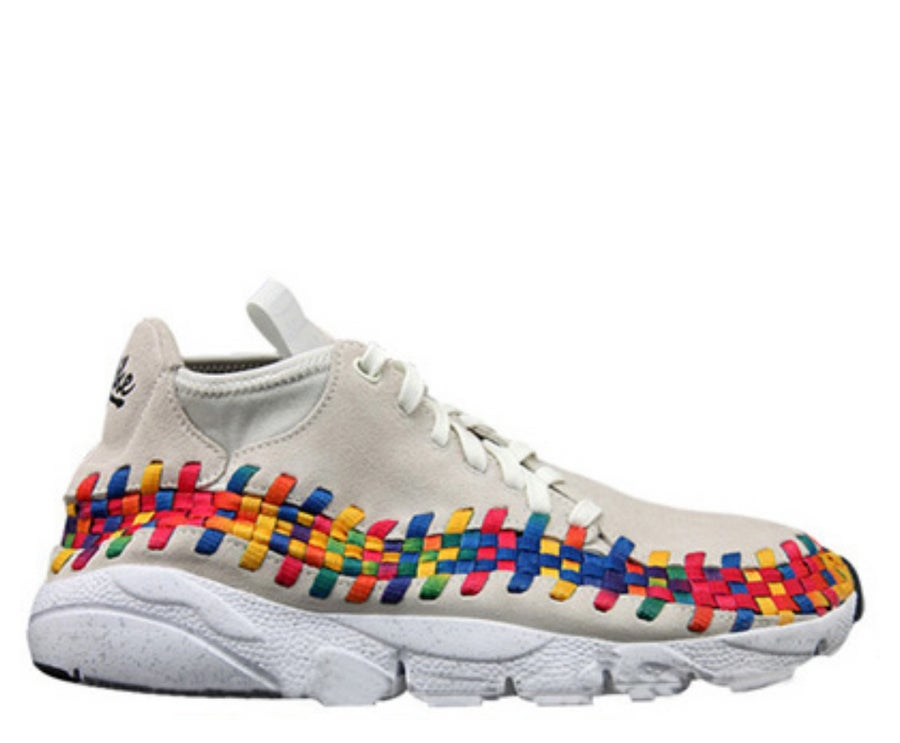 "Image of NIKE FOOTSCAPE WOVEN CHUKKA ""RAINBOW"" 525250-111"