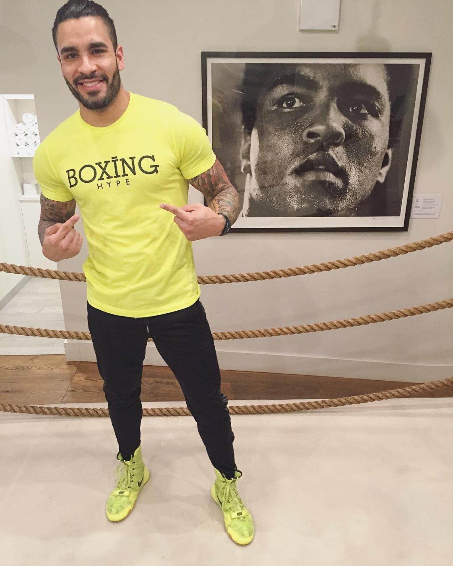 Image of Men's gray BoxingHype Long Sleeve logo tees