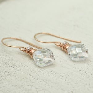 Image of Curvy cubic zirconia earrings 14kt rose gold-filled