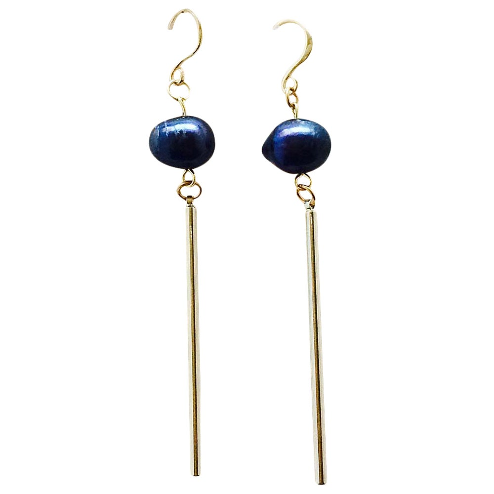 Image of BLACK PEARL LONG BAR EARRINGS