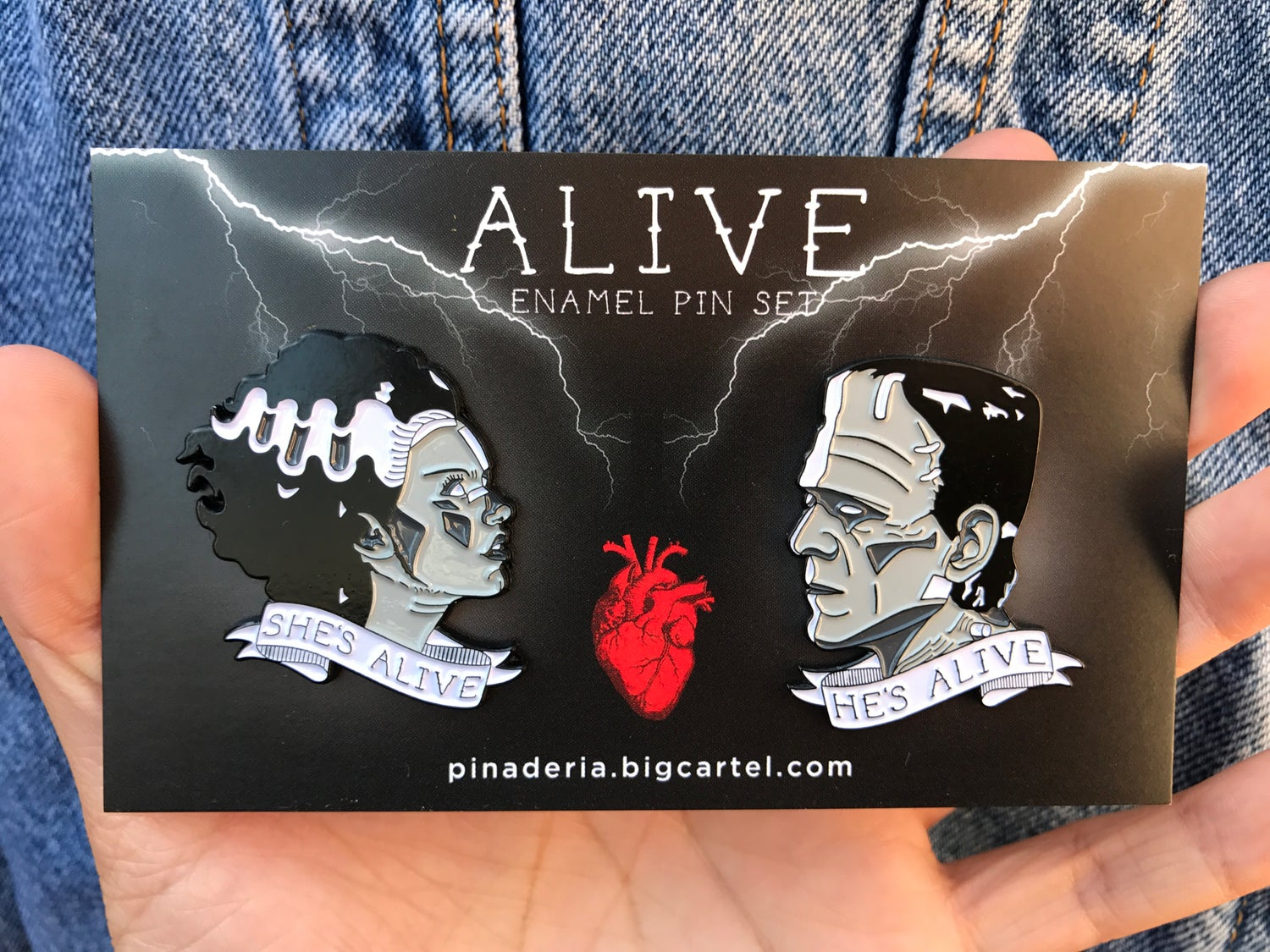 Image of Alive Pin Set