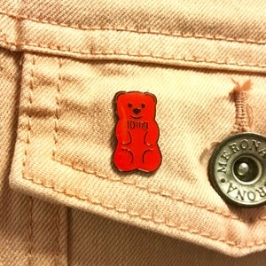 Image of 10mg Edible Bear Pin and Sticker