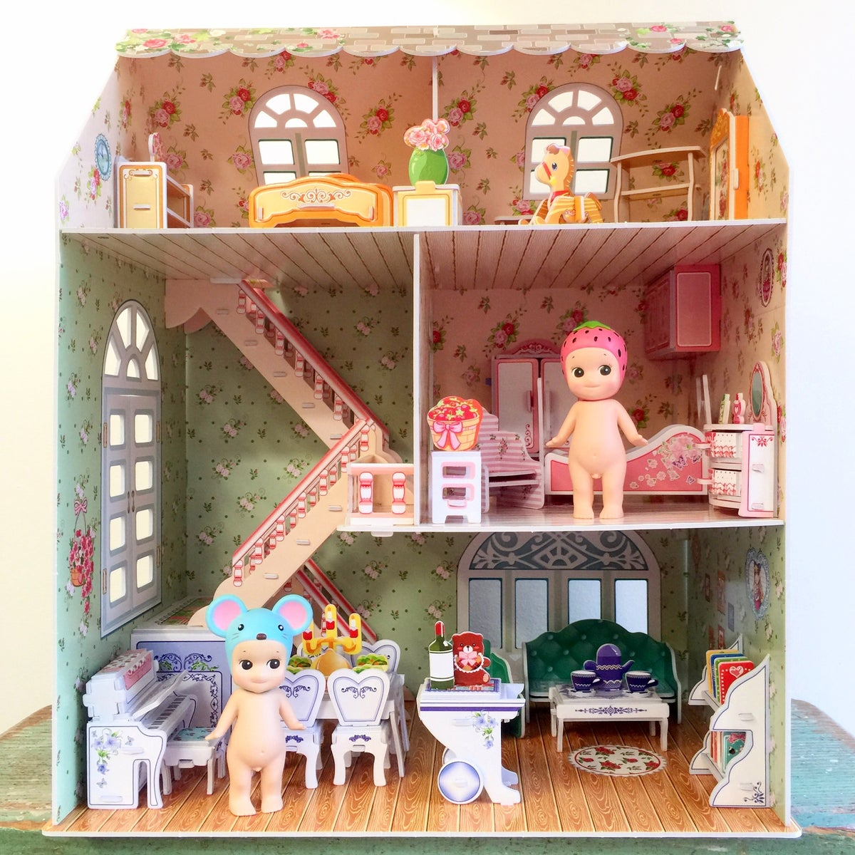 Image of DIY Dollhouse kits