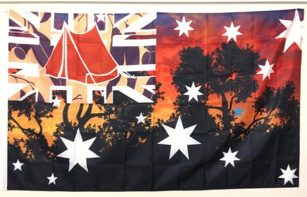 Image of BUSH SUNSET TRIPLE FLAG