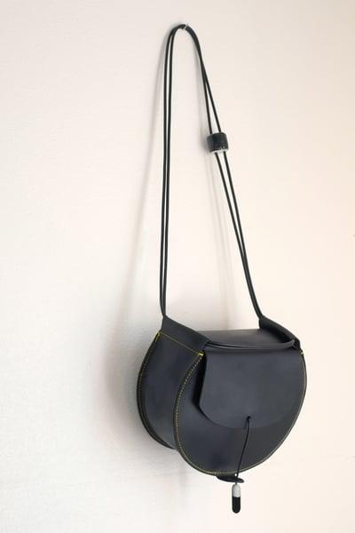 Image of black drum bag
