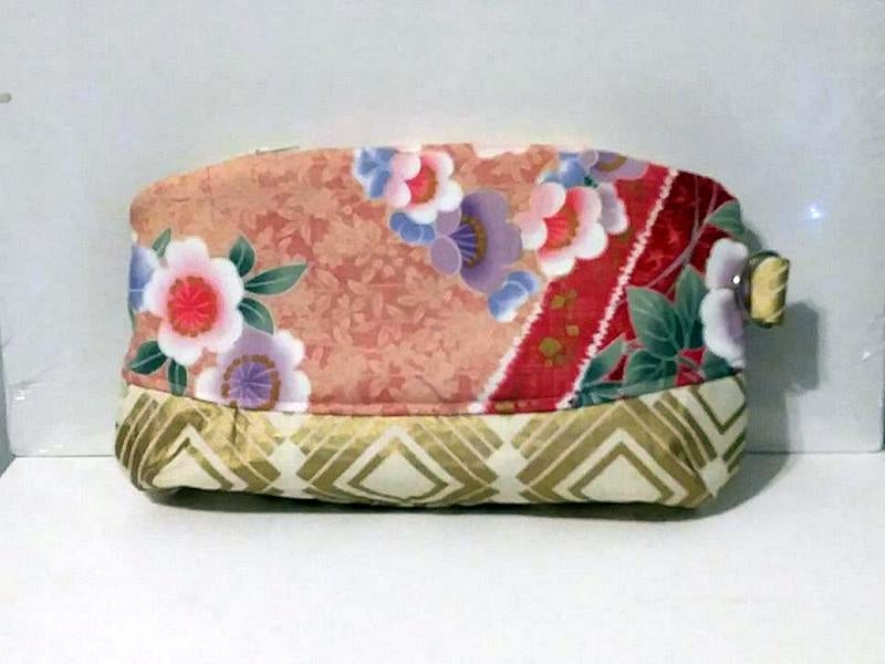 Image of Asian Inspired Curved Wristlet