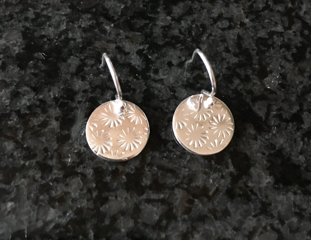 Image of Circle star earrings