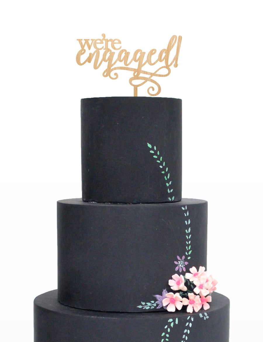 "Image of ""I'm Engaged"" Cake Topper"
