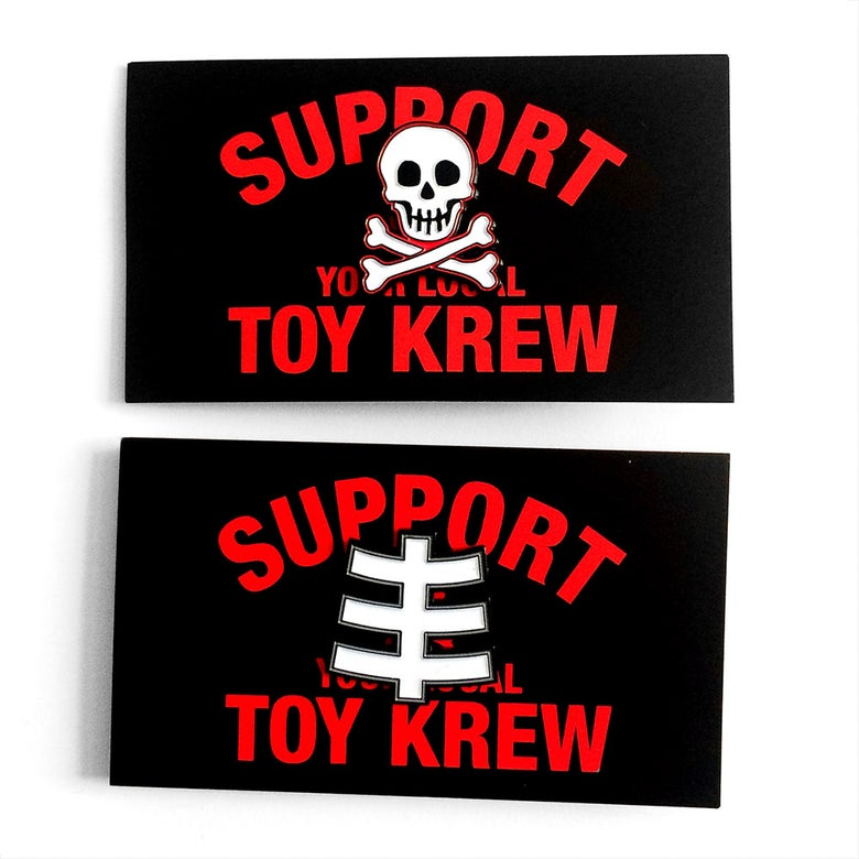 Image of LASK SUPPORT ENAMEL PINS