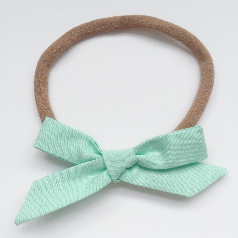 Image of Schoolgirl Bow // Mint