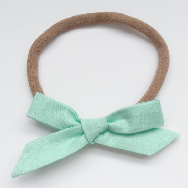 Image of Schoolgirl Bow // Mint